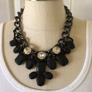 Beautiful chunky statement necklace NWOT